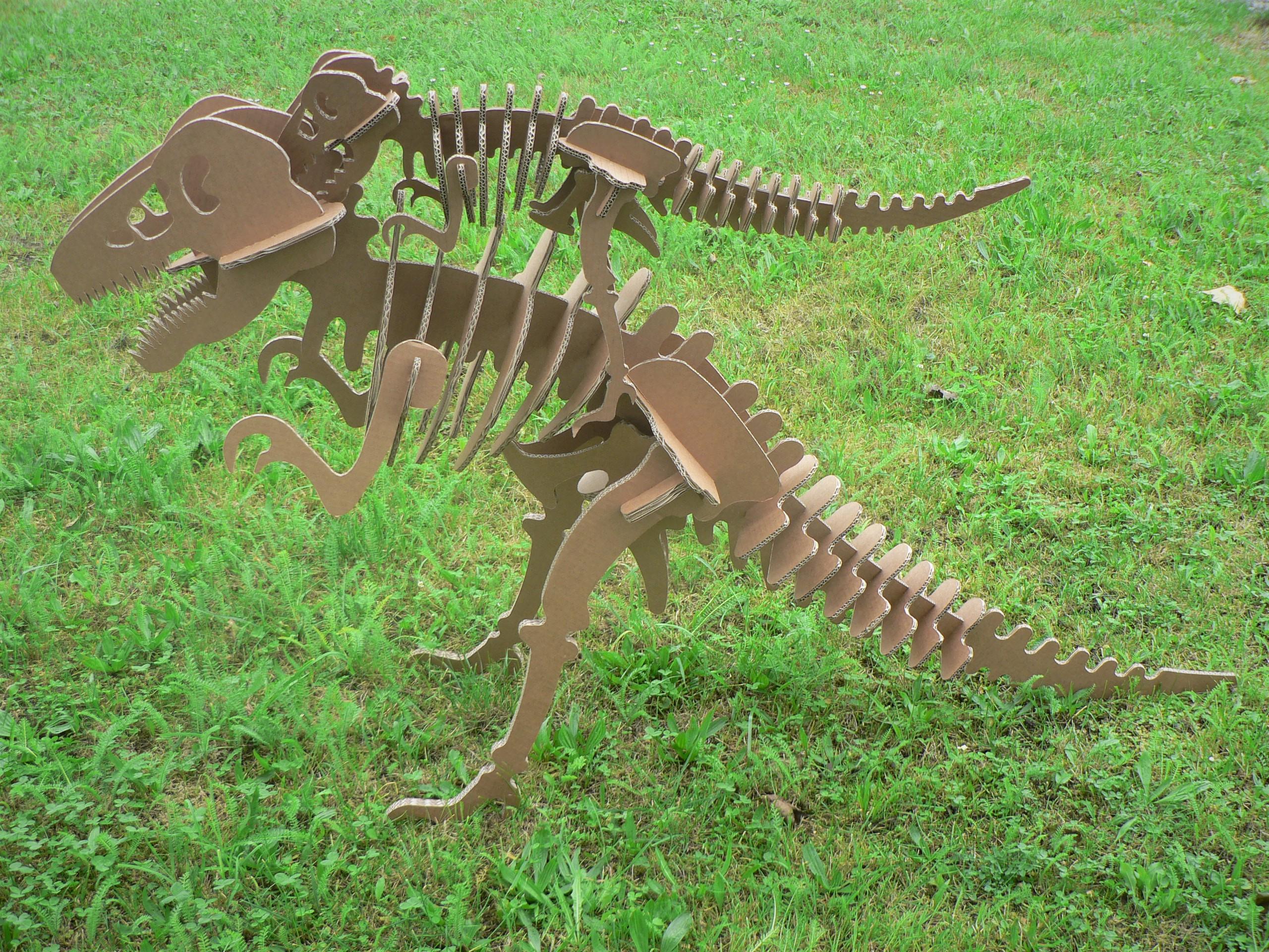 Můj brácha má prima bráchu - Tyrannosaurus Tom JUNIOR